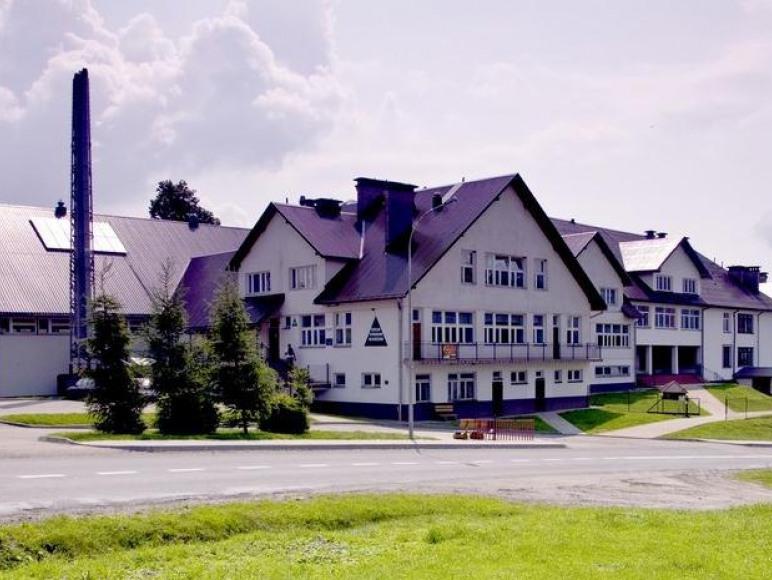 Szkolne Schronisko Młodzieżowe W Lutowiskach