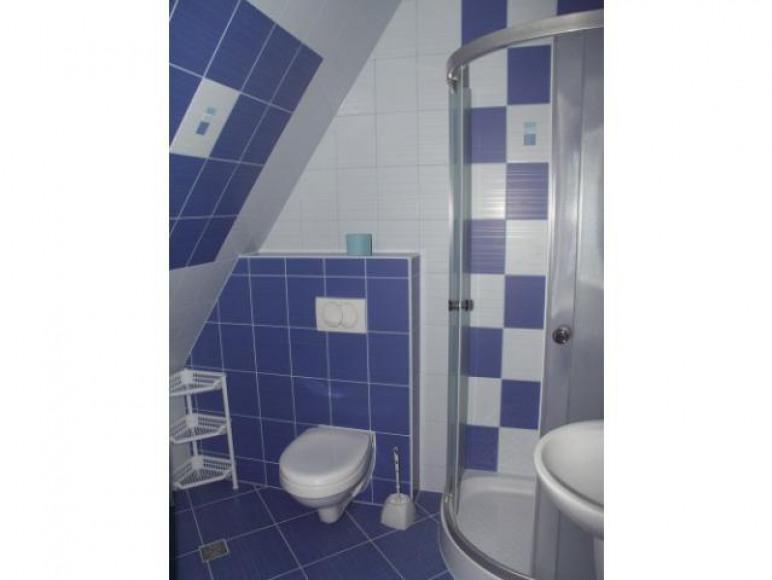 łazienka w pokoju 2 osobowym