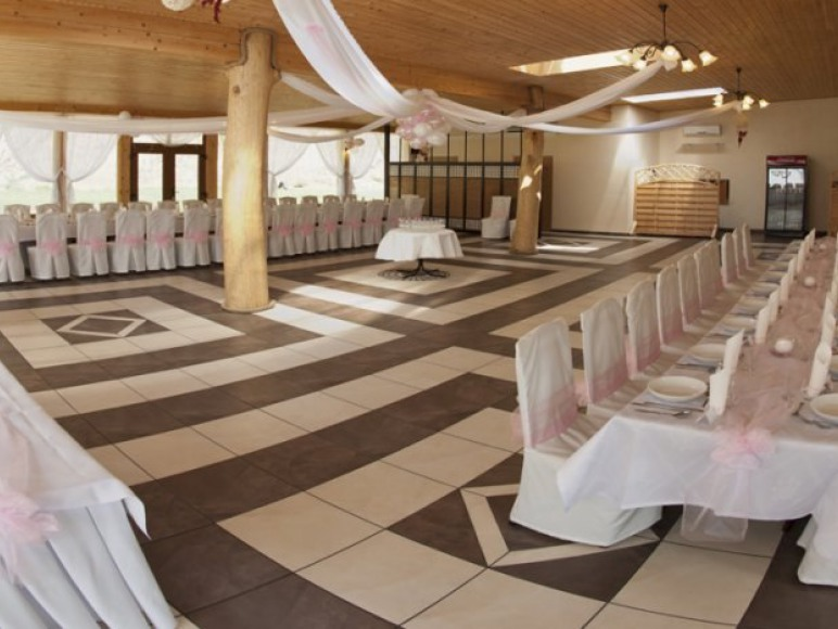 duża sala na imprezy i wesela