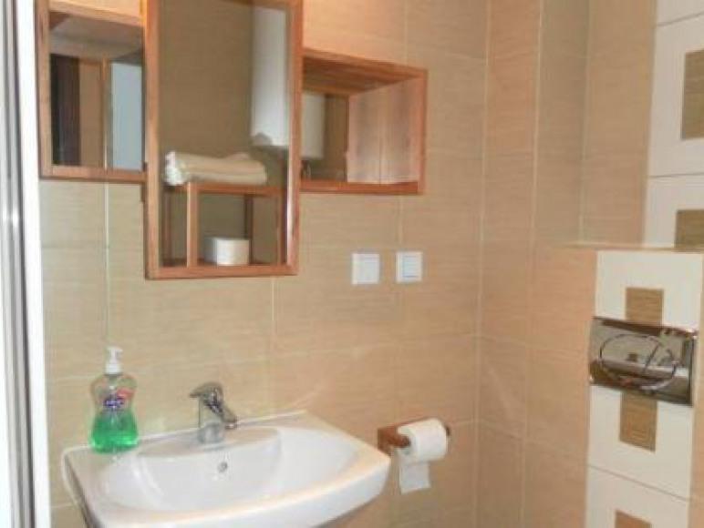 apartament nr 2 łazienka