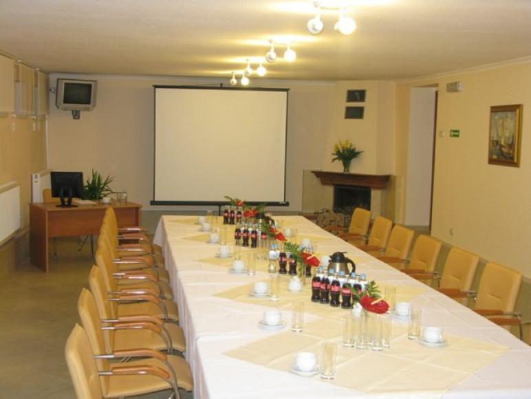 Zajazd I Ośrodek Konferencyjno-Wczasowy Madohora