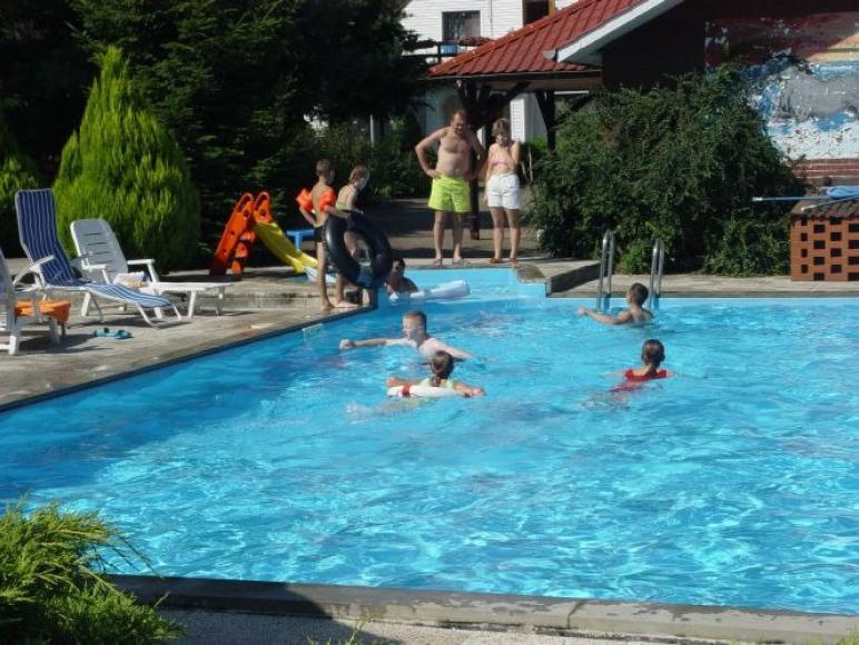 basen w cenie