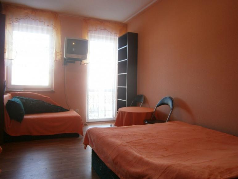 Pokój 4os Pomarańcz