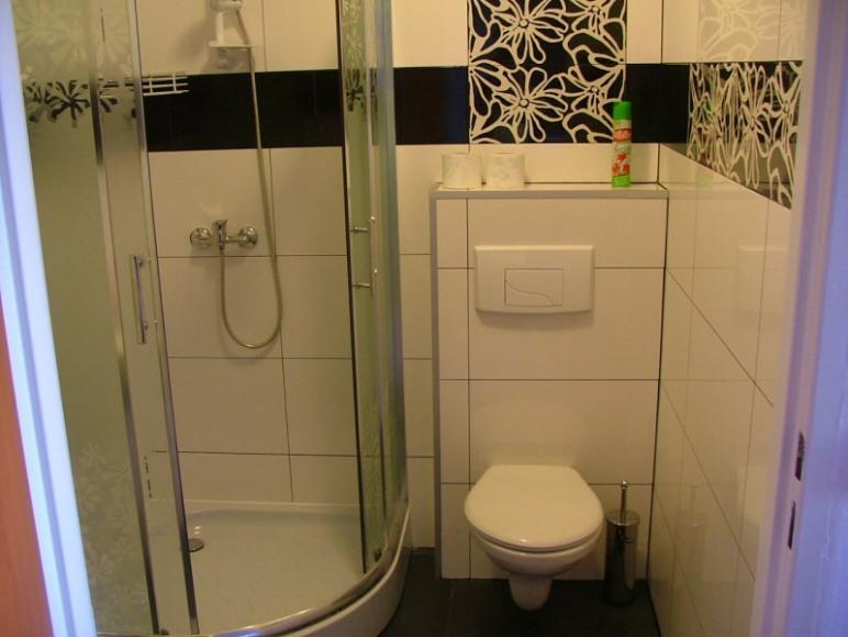 Łazienka ( w każdym pokoju)