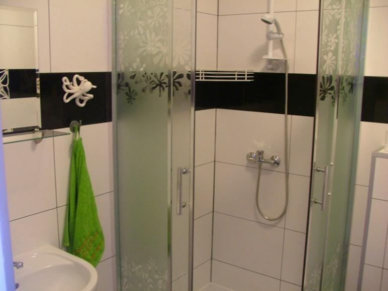 Łazienka (w każdym pokoju)