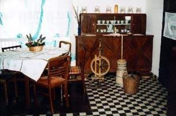 Stara Chata U Kowola