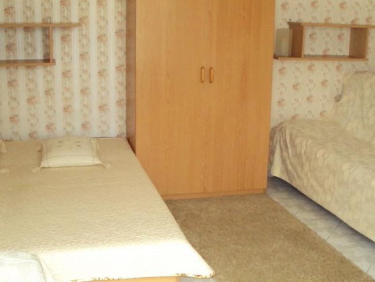 pokój 4-6 os.w domku