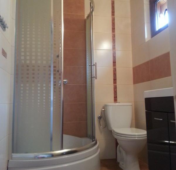 Łazienka domek 5 osobowy