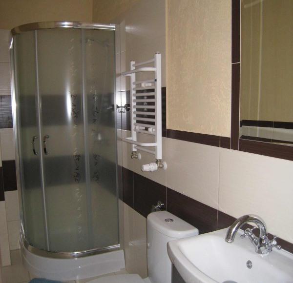 Łazienka (wszystkie pokoje mają takie same łazienki)