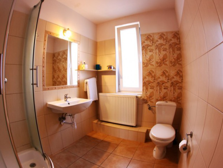 łazienka w 1 pokoju
