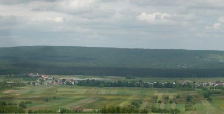 Widok z okna na dolinę wilkowską