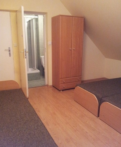 Pokój 3 osobowy nr 21