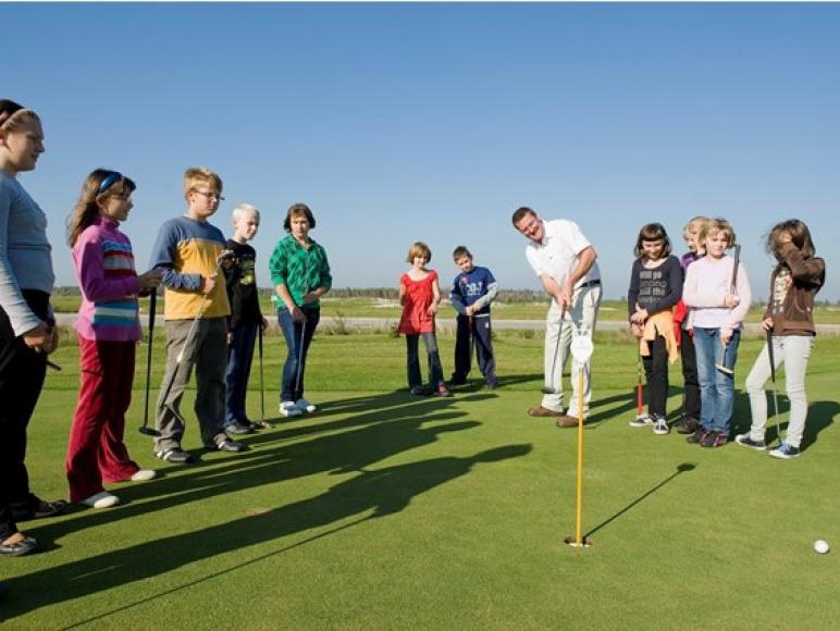 Hotel Sobienie Królewskie Golf & Country Club