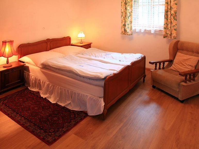 apartament sypialnia 2 os