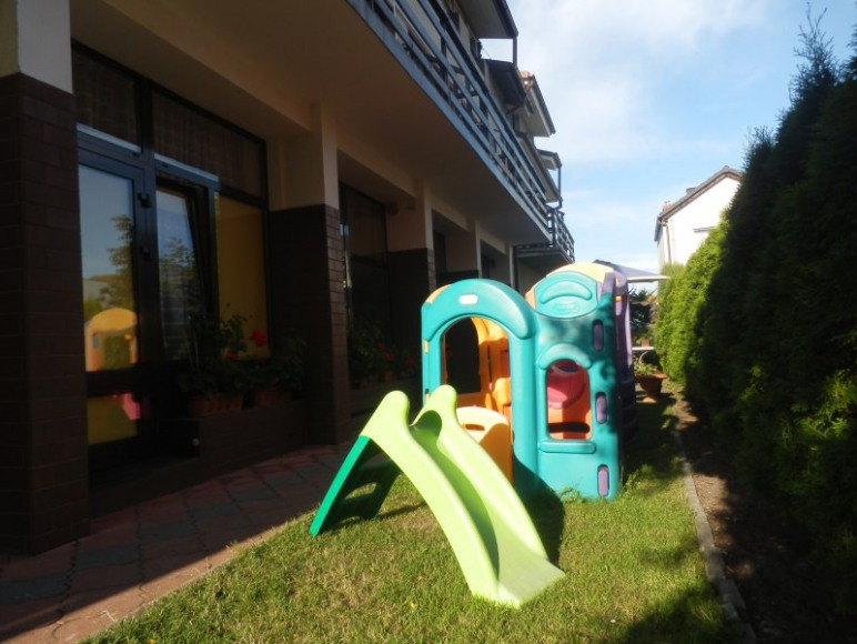 """""""Dorota"""" komfortowe pokoje z balkonami - blisko morza !!!"""