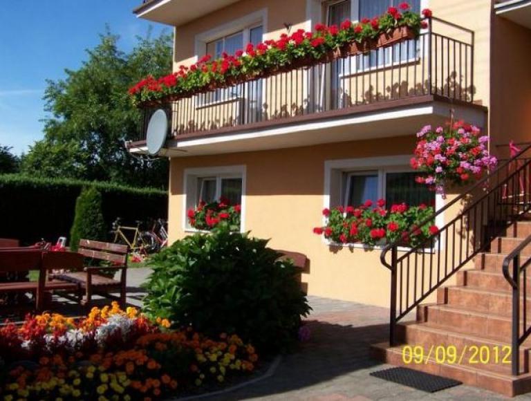 Pokoje i Apartamenty u Kryni