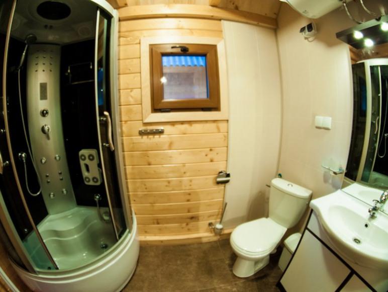 Łazienka w domku Sola
