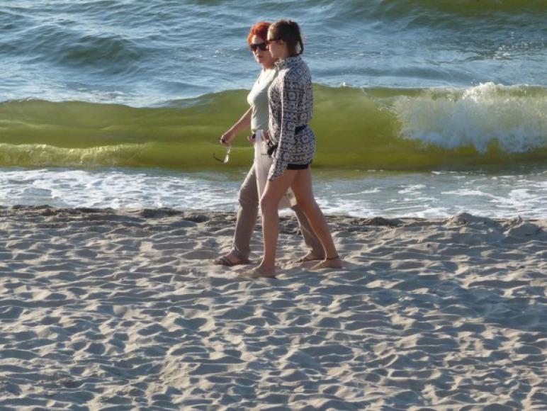 Nic tak nie relaksuje jak wieczorny spacer po plaży :)