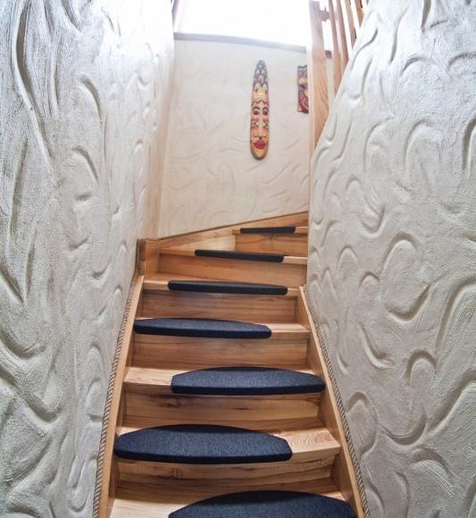 Wejście na poziom sypialni HabibiSPA