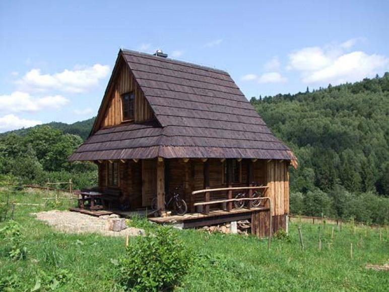 Drewniany domek w Cisnej