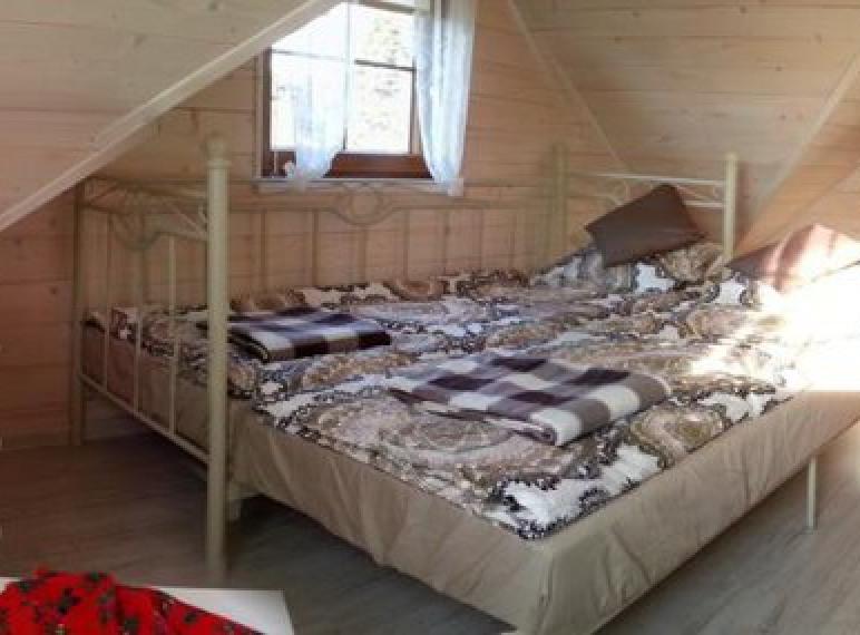 Pierwszy pokój na górze