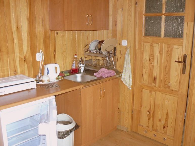 Pokój 4 osobowy - aneks kuchenny