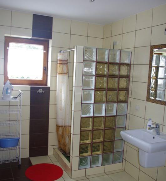 Przestronna łazienka na parterze