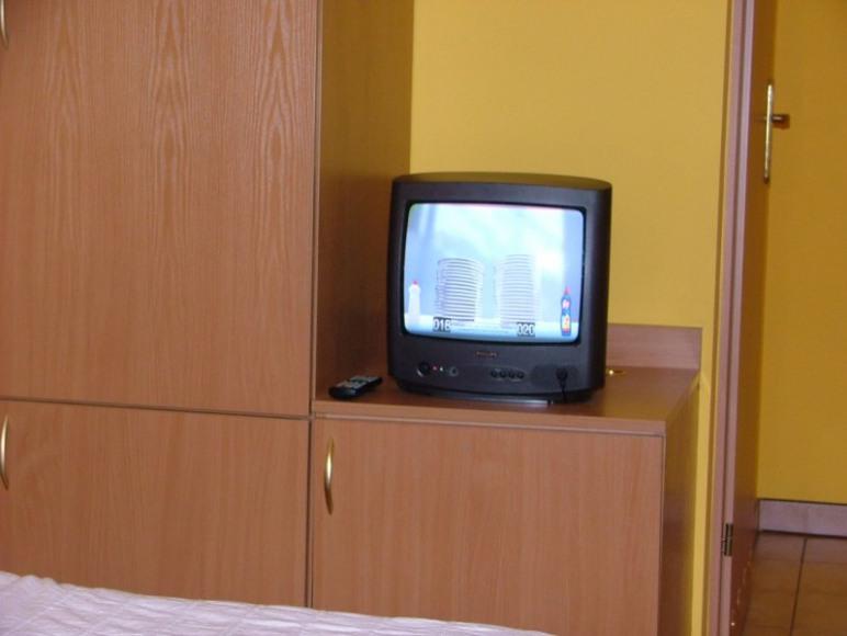 TV + lodówka