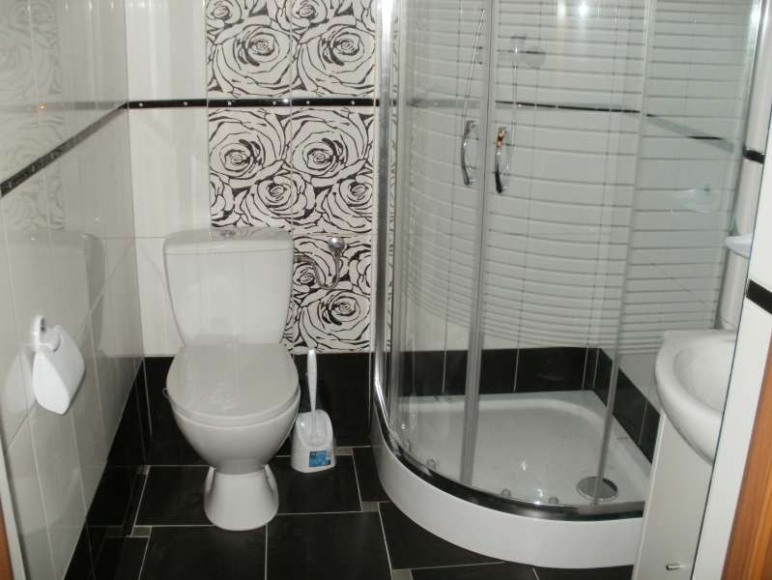 Domek piętrowy - łazienka.