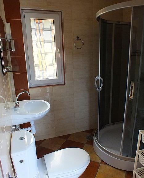 Łazienka w domku MURO