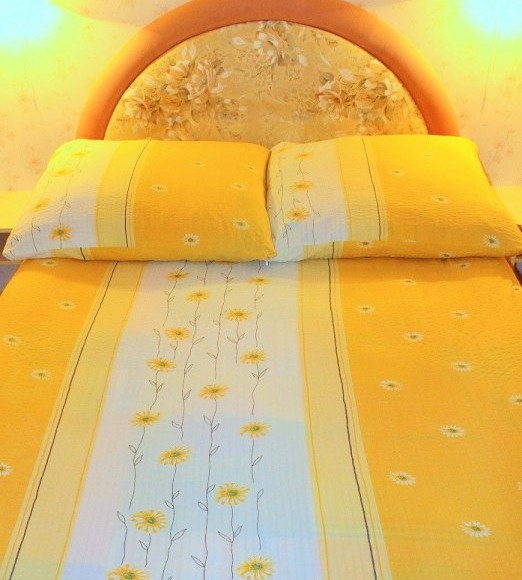 Sypialnia- łóżko małżeńskie