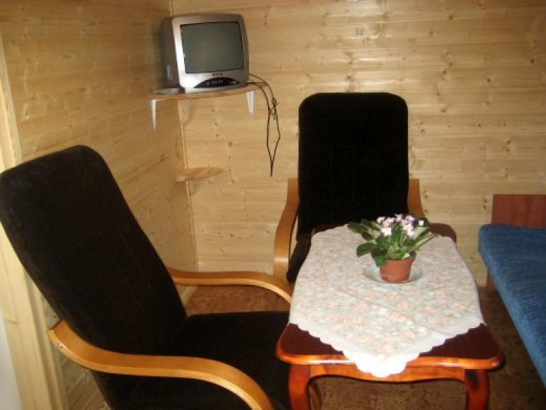 pokoj wypoczynkowy w domku 3-pokojowym