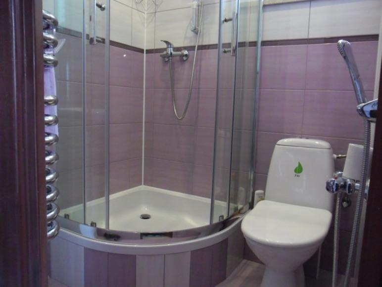 Nr.4 Pok.2os z łazienką