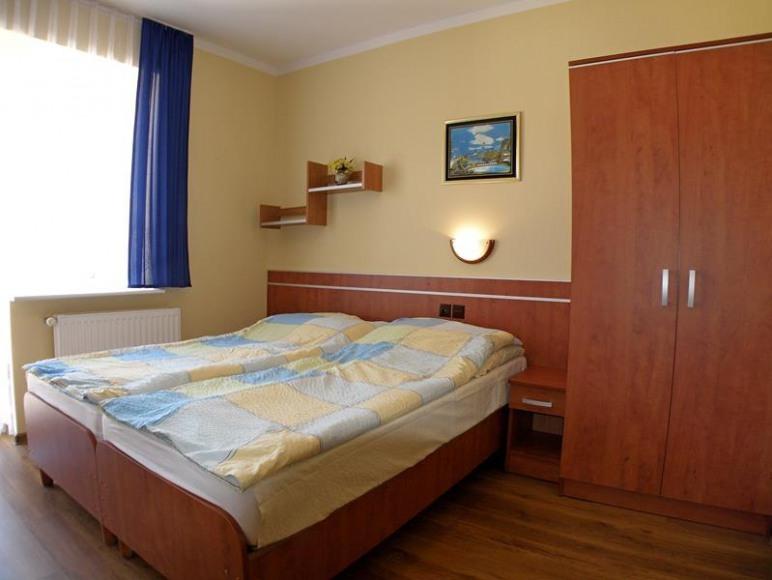 Dom Wypoczynkowy RIWIERA 100m od PLAŻY