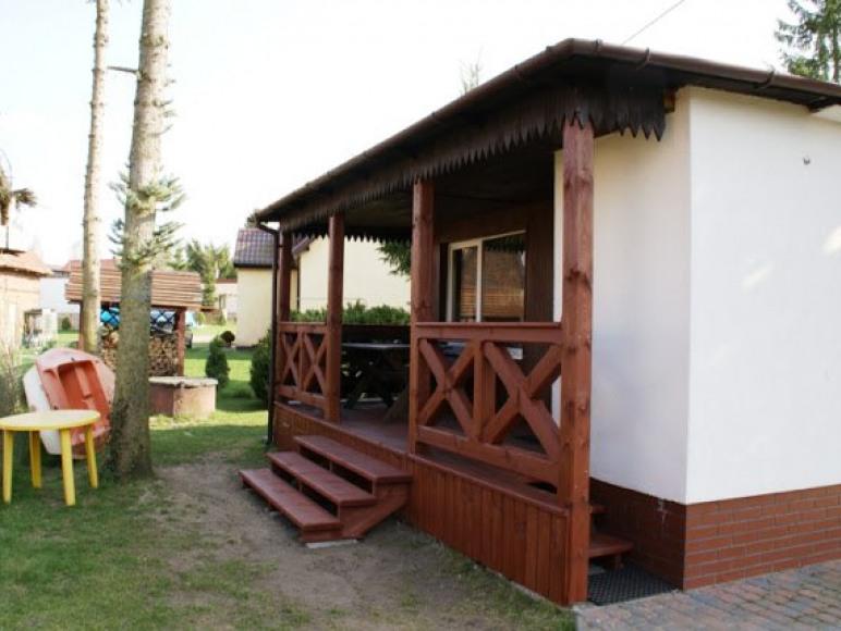 Domek nad jeziorem w Siemianach