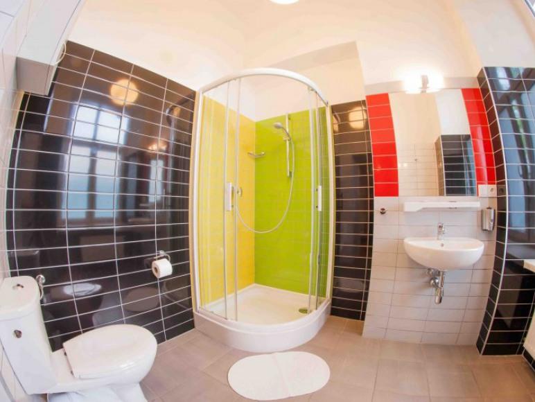 Łazienka w pokoju prywatnym