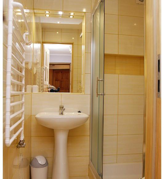 łazienka w mieszkaniu 4-6 osobowym