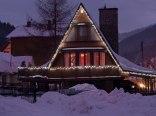Duży Drewniany Stylowy Dom z kominkiem