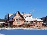 Widok domu zima