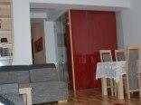 Apartament Czerwone Maki na Tęczowym Wzgórzu