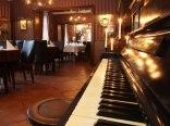 Restauracja i Hotel Retro