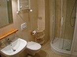 łazienka z przysznicem