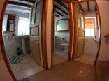 3 wspólne łazienki
