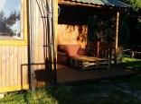 Przytulny domek z werandą na ogrodzonej działce