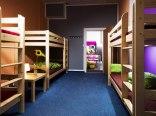 Absynt Hostel- pokój ośmioosobowy