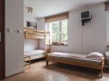 Pokój wieloosobowy z 5 łóżkami i łazienką