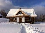 chata zimową porą