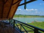 Agroturystyka Żabi Raj - na terenie gospodarstwa jeziorko