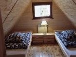 domek-sypialnia na piętrze