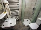 Dom Zdrojowy- łazienka w nowym pokoju 2-osobowym